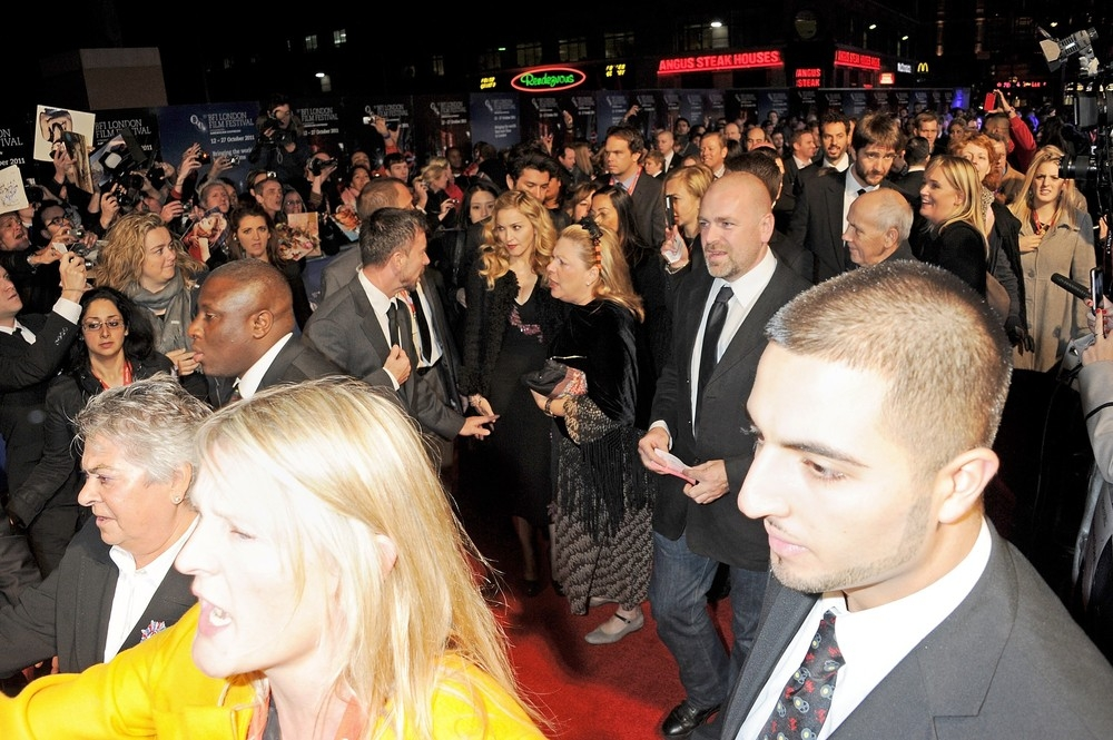 20111023-pictures-madonna-we-premiere-bfi-london-film-festival-118
