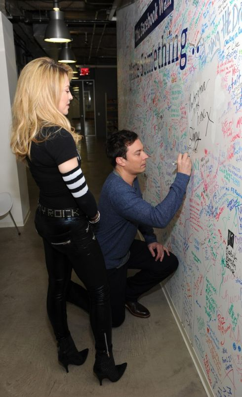 madonna-jimmy-fallon-facebook-chat-04-s