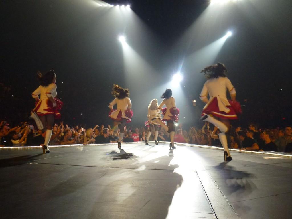 12 10 17 madonna mdna tour las vegas george 0009 1024x768 Le MDNA Tour à Las Vegas et en DVD...