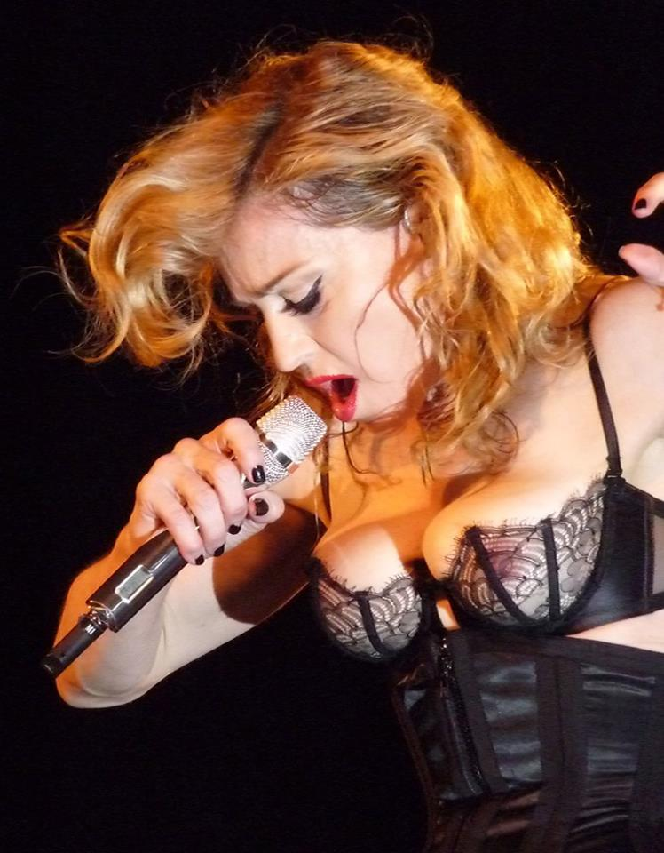 madonna-mdna-tour-like-a-virgin.jpg