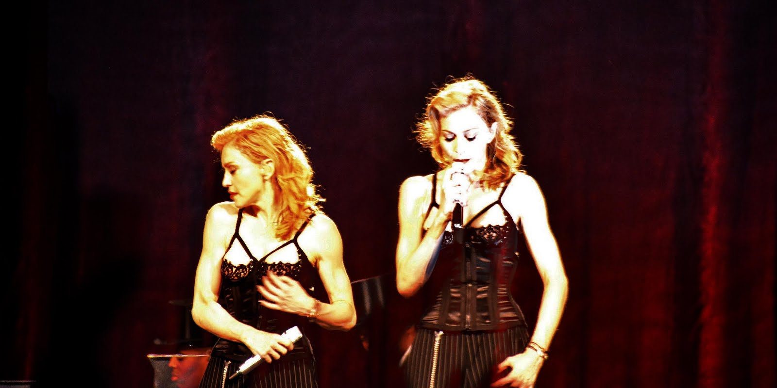 MDNA Tour Digicpack (13)