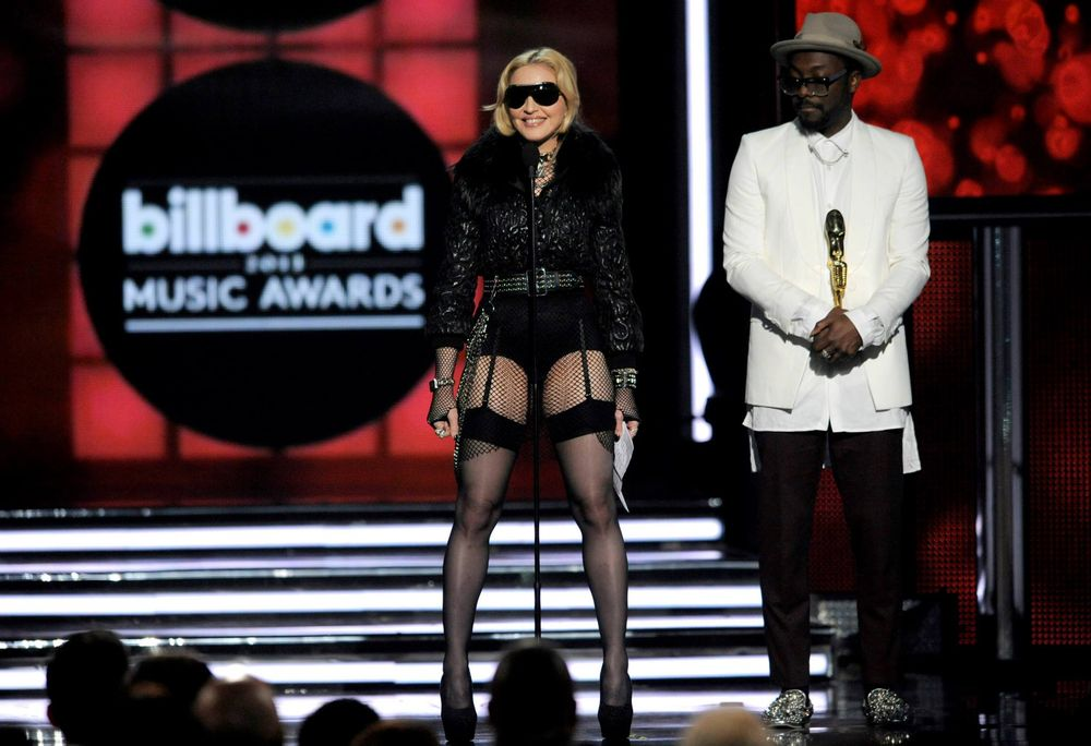 13-05-20-madonna-billboard-awards-02