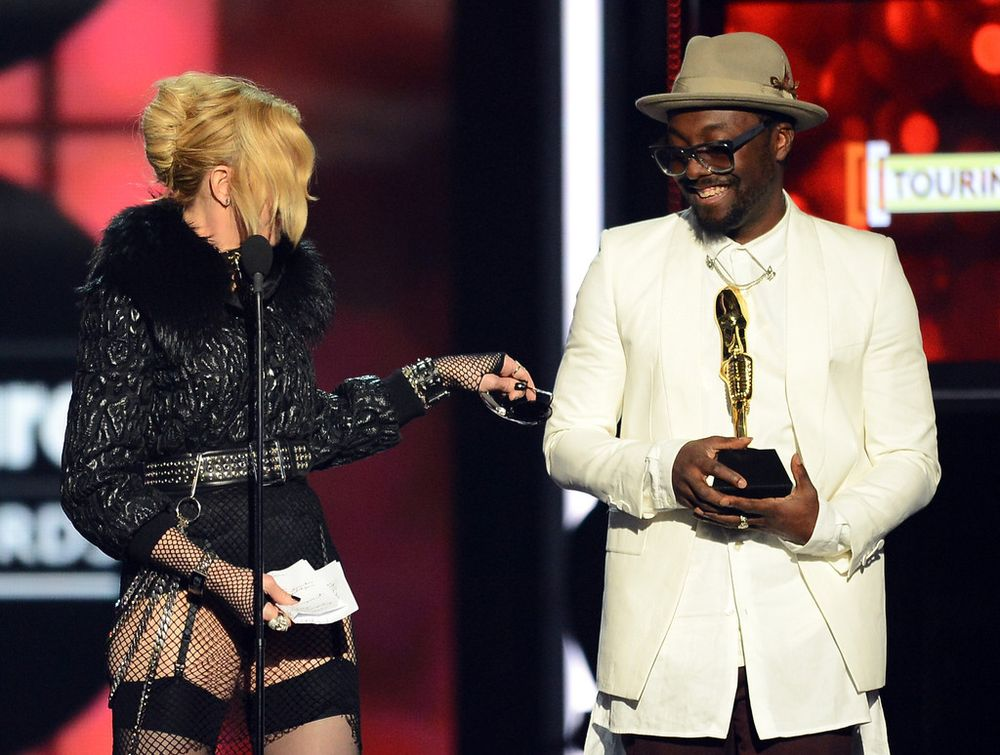 13-05-20-madonna-billboard-awards-30