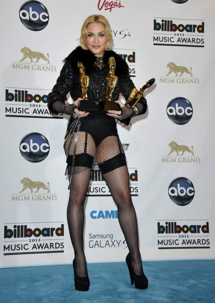13-05-20-madonna-billboard-awards-press-20